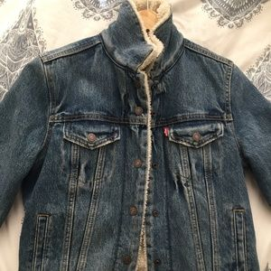 Levi's sherpa lined denim jean jacket S